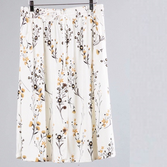 lularoe • marsha floral button up midi skirt